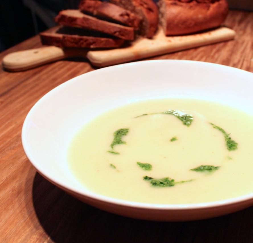 Kartoffelsuppe mit Pesto 4